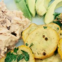 quick and easy salmon and summer squash