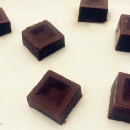 Energizing Maca Chocolate (RAW, Dairy-Free, Ketogenic)