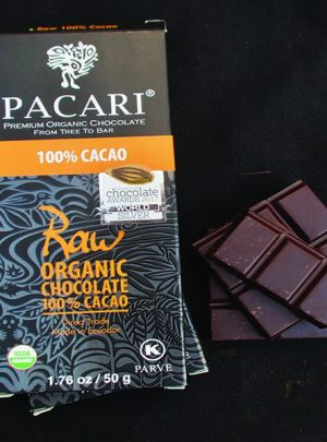 ketogenic chocolate bar 100 pacari open