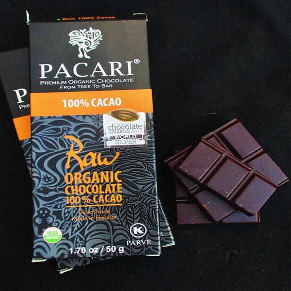 ketogenic chocolate bar 100 pacari open