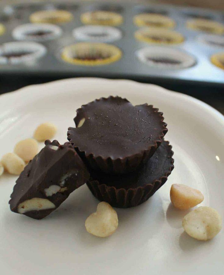 No-Bake Keto Chocolate Macadamia Cups