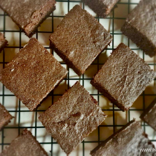 Flourless keto brownies recipe featured 2