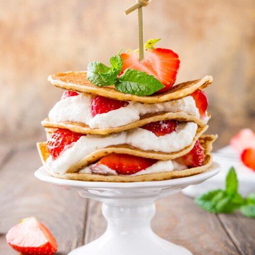 strawberry keto pancakes